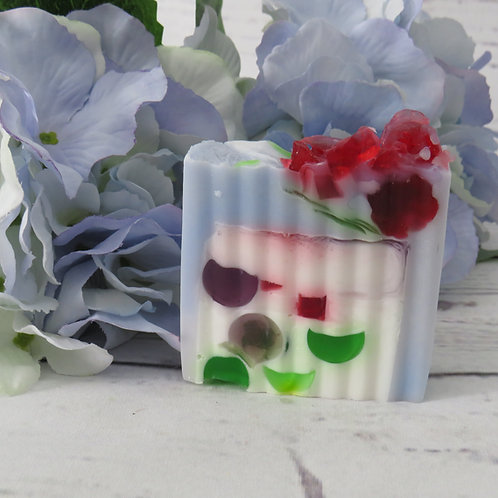 Blackcurrant & Rhubarb Flower shea butter soap