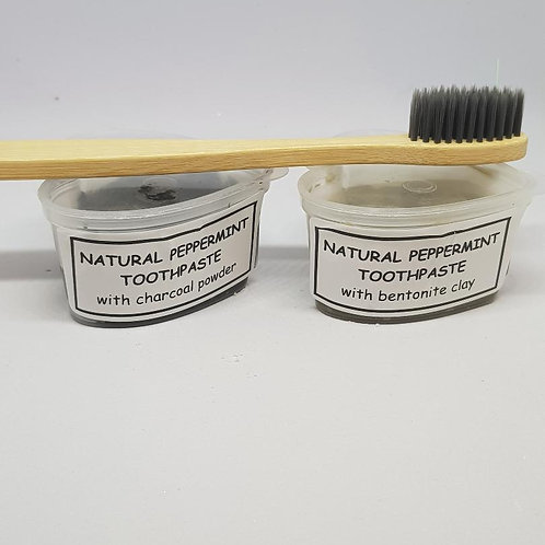 Natural toothpaste with charcoal