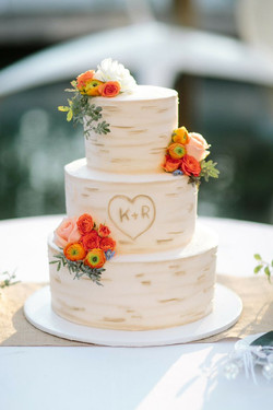 russian themed wedding cake birch.jpg