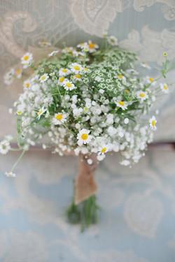 rustic wedding flowers.jpg