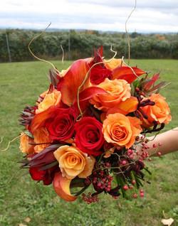 autumn wedding bride bouqet 2.jpg