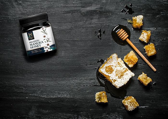 Genuine-New-Zealand-Manuka-Honey.jpg