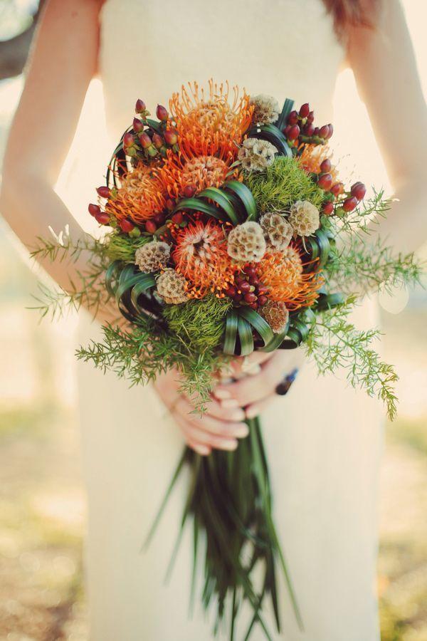 autumn wedding bride bouqet 3.jpg
