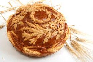 russian themed wedding traditional bread.jpg