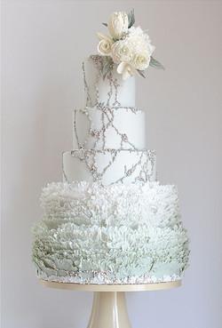 winter wonderland wedding cake.jpg