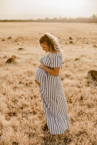 Shelby and Joshua Maternity (246).jpg