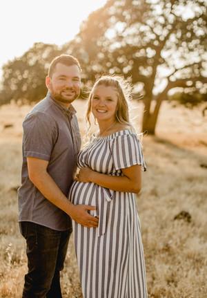 Shelby and Joshua Maternity (233).jpg
