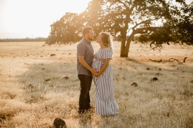 Shelby and Joshua Maternity (226).jpg
