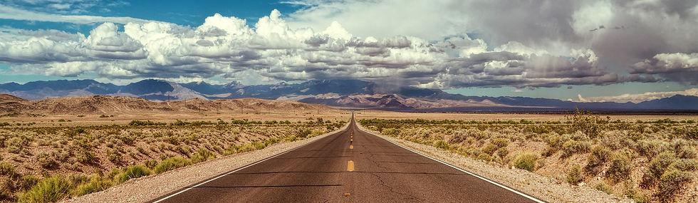 road-4645843_1920_x.jpg
