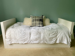 Pottery Barn Trudle Daybed