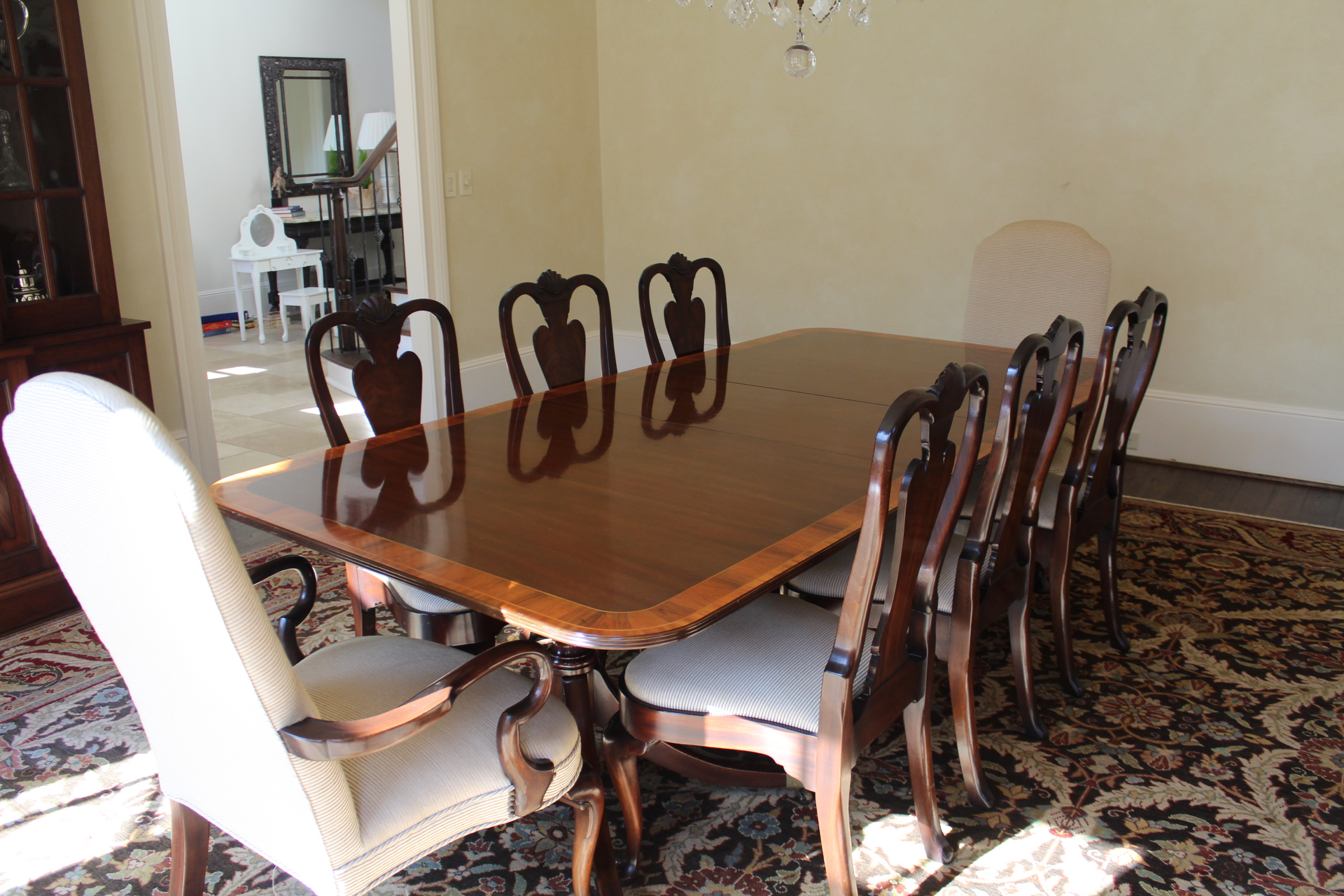 SOLD: 8 Kittinger Dining chairs
