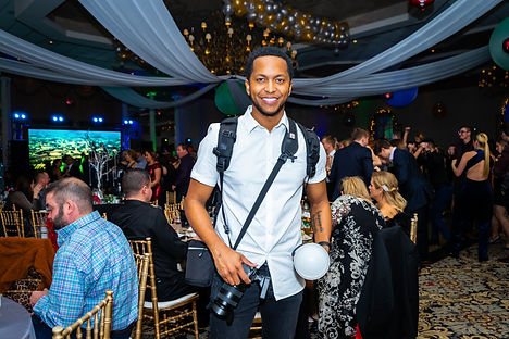 CEO of Kvnvas Kevin Kneeland at New Years Eve event