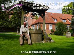 Kai_Uwe_Wedel_am_Brunnen_Timebreakers_Copyright_Fun_and_Joy_Media_Foto_Philip_May