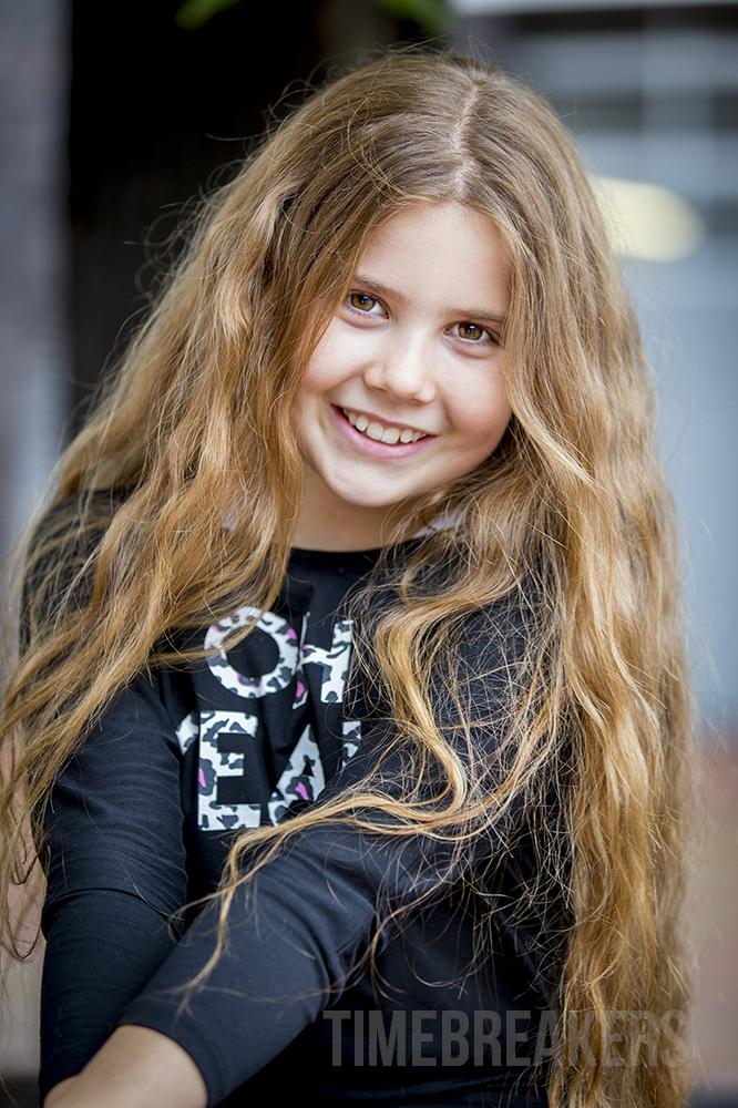 Larissa Felber - Timebreakers