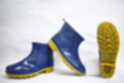 Stylish and comfortable Rain Boots. These boots are suitable to be worn in slippery work environment. Scale Footwear Enterprise Pte Ltd is the sole supplier, distributor and exporter of the shoes in Singapore.