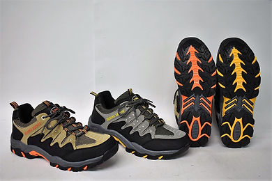 Strong and comfortable running shoes for the modern Singapore consumer. These shoes can be worn for running and hiking purposes on different terrains. Rosky running shoes are well liked by Singaporean men. Scale Footwear Enterprise Pte Ltd is the importer, supplier, wholesaler and exporter of Rosky running shoes in Singapore.
