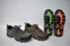 Durable and comfortable running shoes for the modern Singapore consumers. Rosky running shoes are well liked by Singaporean men. Scale Footwear Enterprise Pte Ltd is the importer, supplier, wholesaler and exporter of Rosky running shoes in Singapore.