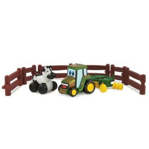 Игровой набор Приключения трактора Джонни на ферме Tomy
