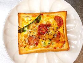 食パンdeソースピザ(春バージョン)6.jpeg