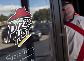 Pizza Hut's largest U.S. franchisee is reportedly weighing options, including bankruptcy