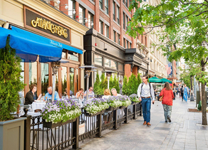 Restaurants Increase Their Share of Retail Space Led by Growth in Sit-Down Eateries