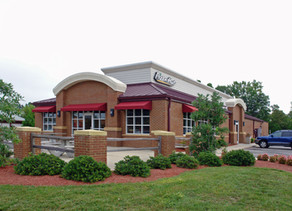 Biggest Pizza Hut Franchisee May Leave Pizza Business, Auctioning Off Hundreds of Leases