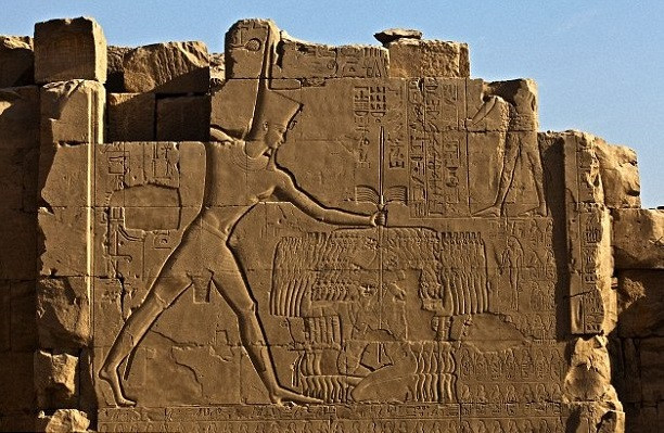 Pharaoh conquered Canaan from the hands of the Hittites around 1450 BCE. In the temple of Karnak, he is depicted with the many Canaanite cities he conquered, each city with its name in a cartouche. Gezer is featured in this list.