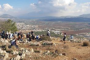 albert-tours-israel-mount-precipice_edit