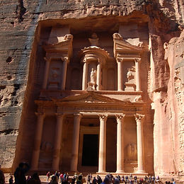 tour-guide-israel-home-petra.jpg