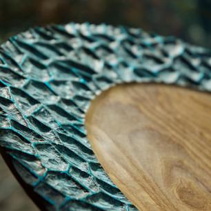48cm Platter with carved, bronze patina rim