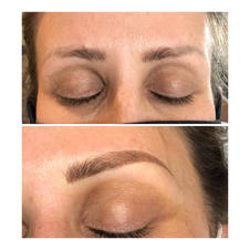 Color correction of an older Microblading that had turned gray. First session.