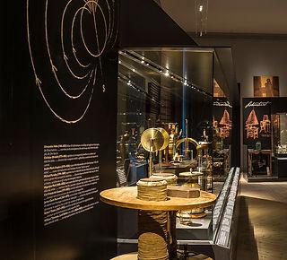 Scientific instruments 19th century