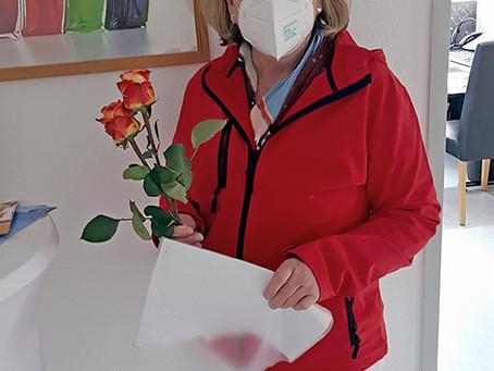 Rosen für die Rechte und Handlungen der Frauen
