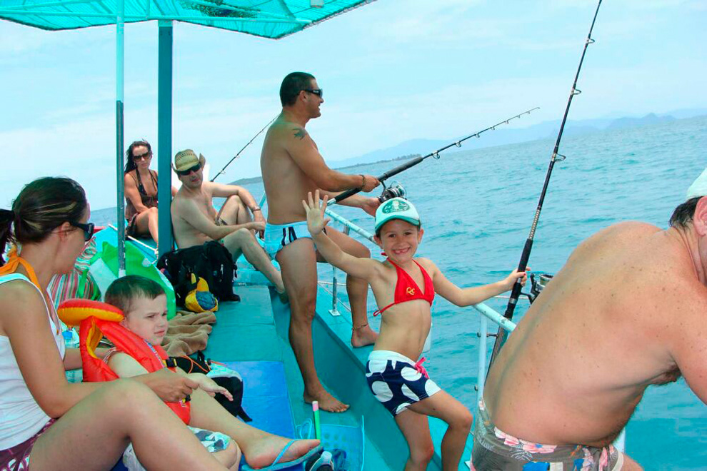 sea-fishing-samui-03_medium