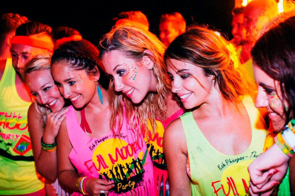 full-moon-party-koh-phangan-samui_02_medium