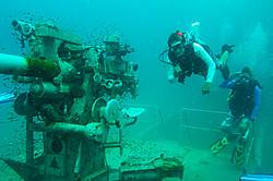 scuba-diving-samui-ko-tao-09_medium