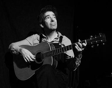 En représentation, avec ma guitare...