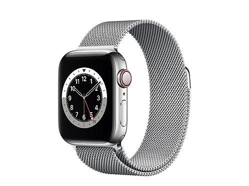 Apple Watch Series 6 Cassa acciaio con cinturino Loop Maglia Milanese