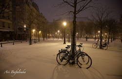 Place Dauphine snow signed.jpg