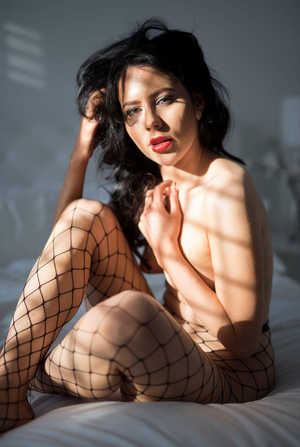 Plus size lingerie boudoir shoot