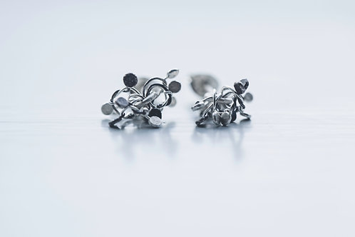 Silver studs mixed hammered knots
