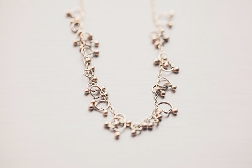 9ct yellow gold knot necklace