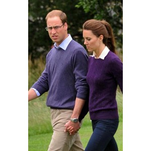 4. Loving Kate's cable jumper. She always looks amazing in purple!