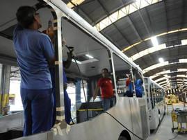 Justiça decreta venda da empresa Busscar, de Joinville