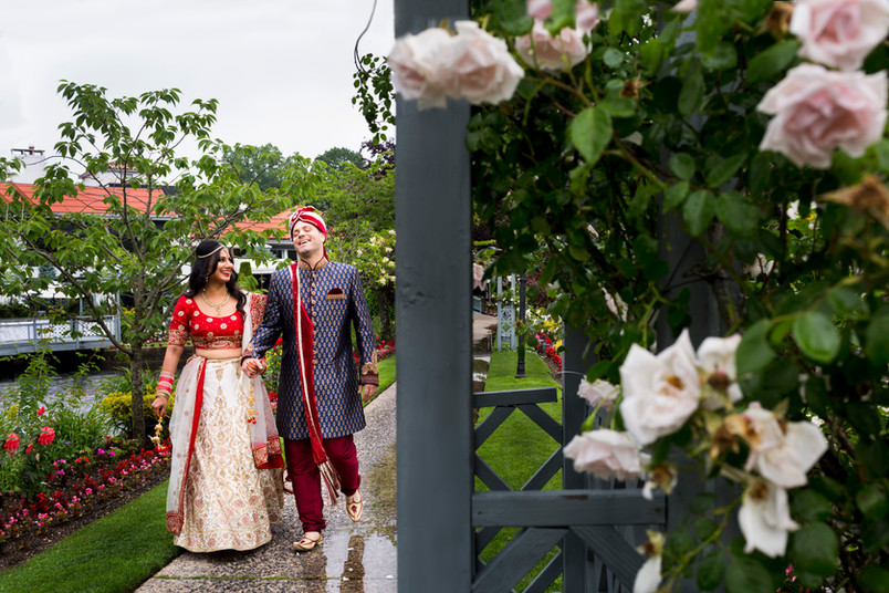 Rita and Rob- Swan Club Wedding