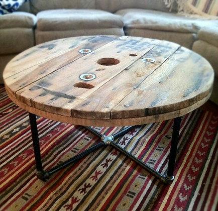 аренда  декора  аренда мебели столов в стиле  лофт винтаж эко