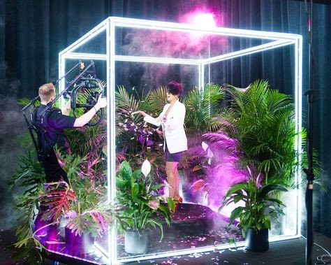 световой куб фотозона неоновый куб аренда  световой квадрат каркас