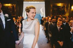 wpid356957-elegant-mayfair-sparkly-winter-wedding-15[1].jpg