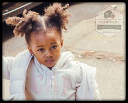 Gap Girl in the street_