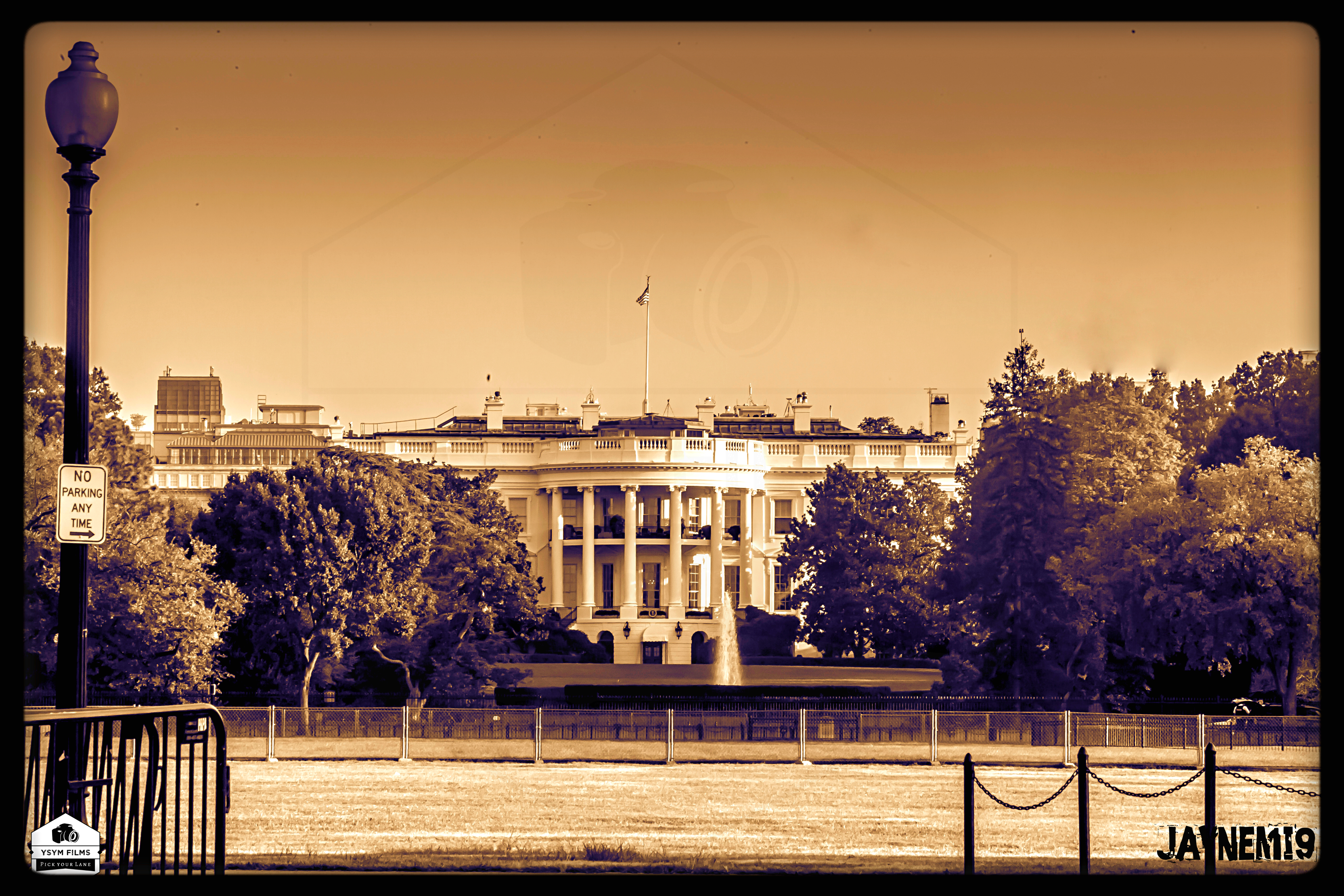 Vintage White House Distance shot-1.jpg